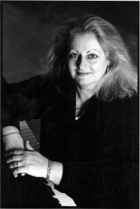 Valerie Becker, pianist